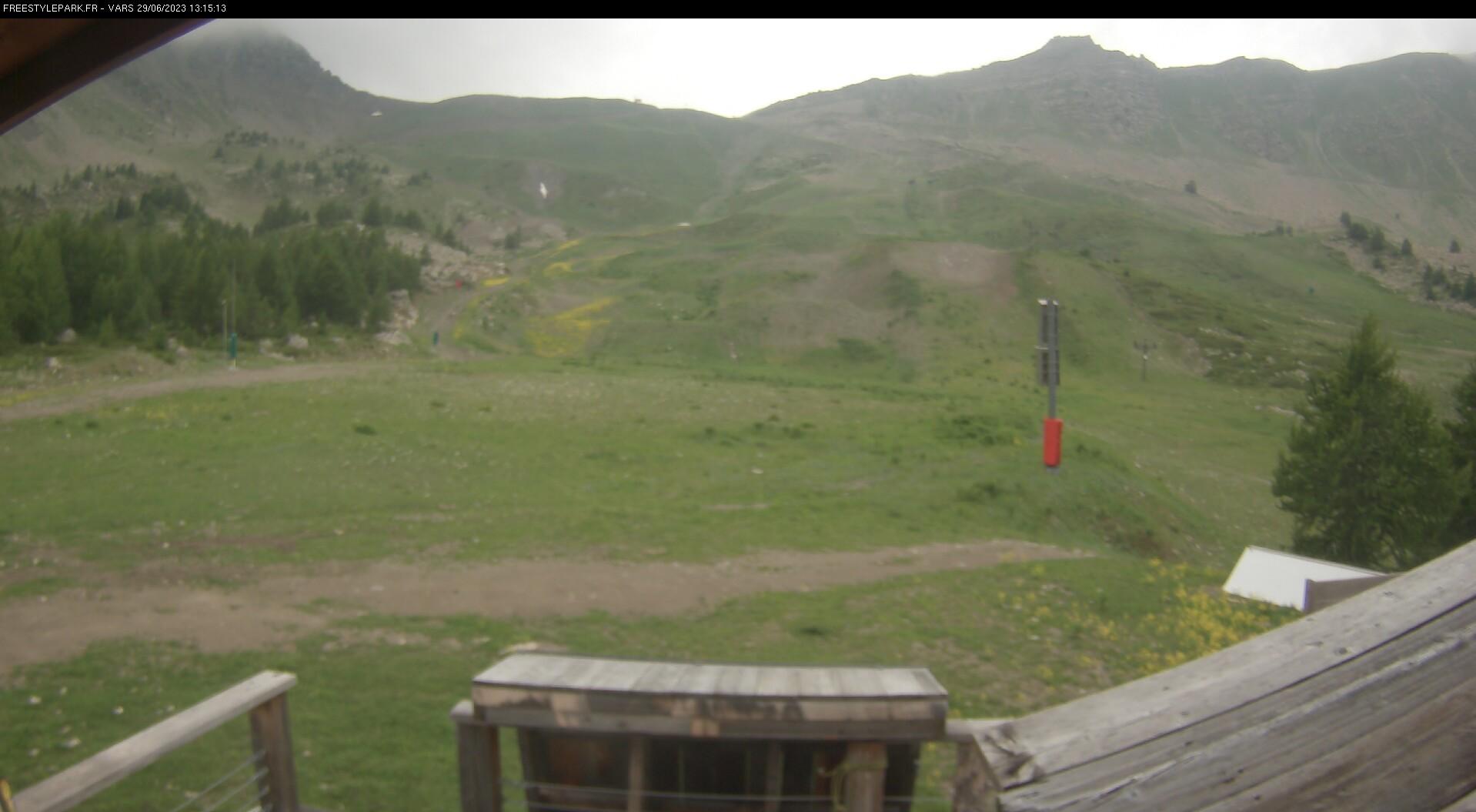 Vars webcam - snowpark l'Eyssina
